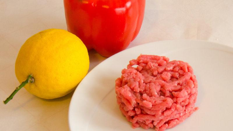 Tartare o insalata di carne cruda alla piemontese